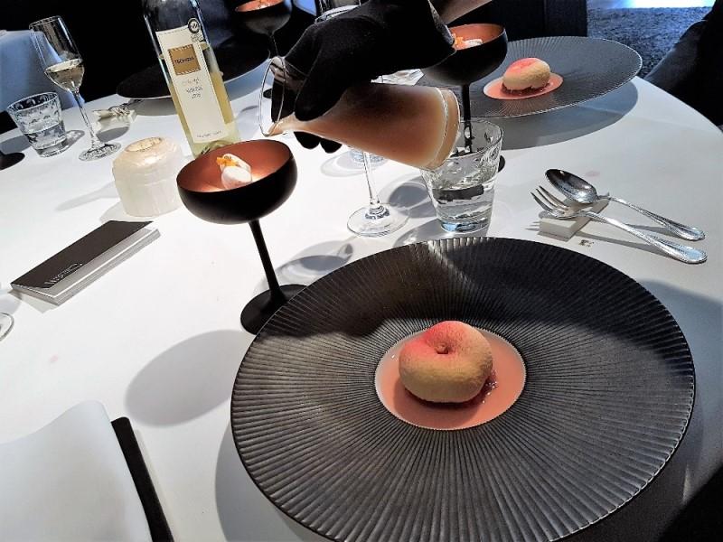 Perzikdessert met Hennessy cocktail NHGP