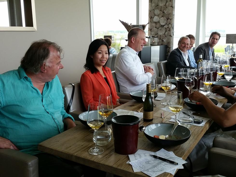 Sommelierwijnen in restaurant Katseveer